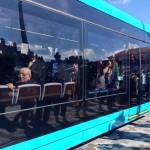 Tramway : un homme interpellé après avoir brisé la glace avec d'autres passagers