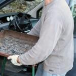 Il tente de faire un barbecue dans sa voiture : 5 véhicules brûlés