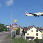 Il pense partir en avion à Vesoul (Australie) et se retrouve à Vesoul … en Haute-Saône.